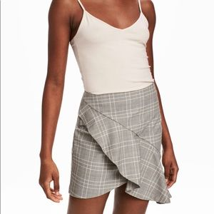 H&M Plaid Asymmetrical Ruffle Skirt